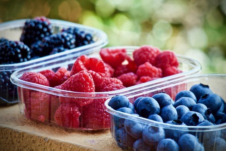 owoce mają niski indeks i ładunek glikemiczny